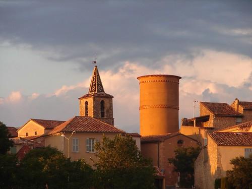 Les toits de Régusse