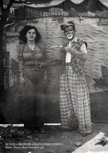 Elvira Branchi e Salvatore Gumina 🎪 #artistidistrada #1948 🎊 #nonni #alessandravitulano 🎈 @misshalabama 🍑 #cantante 🎤 #modella #tatuatrice 🎥#elettritv💻📲 #misshalamaba  #webtv
