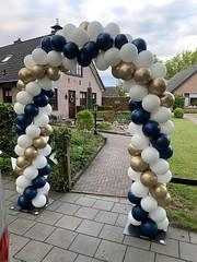 ballonnenboog blauw wit chroom goud
