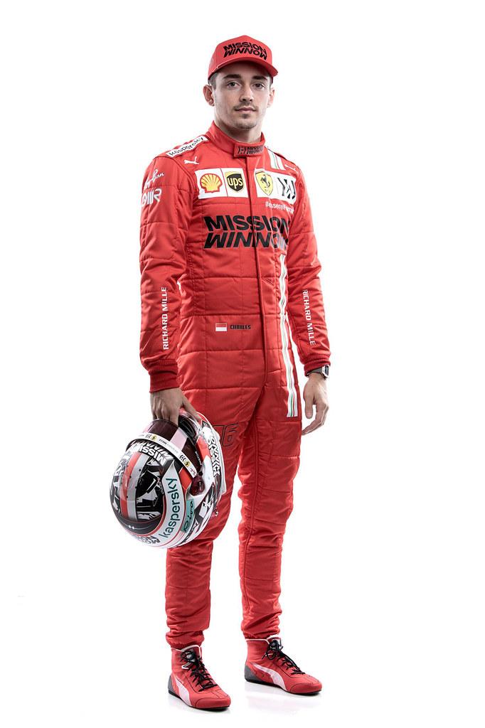 Ferrari 210312-9