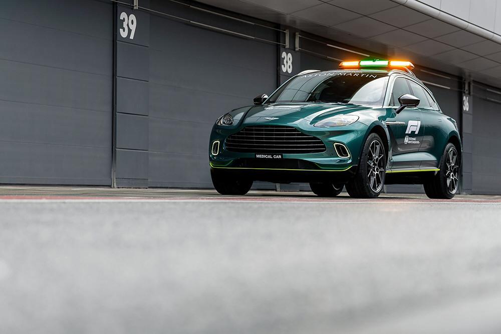 Aston Martin 210312-3