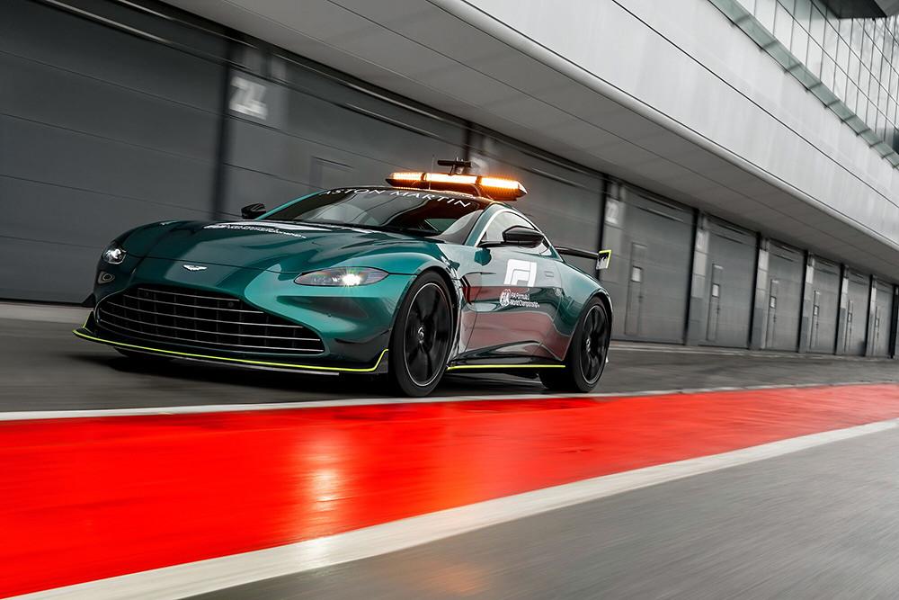 Aston Martin 210312-8