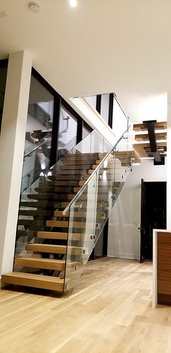 Modern Staircase, glass panels