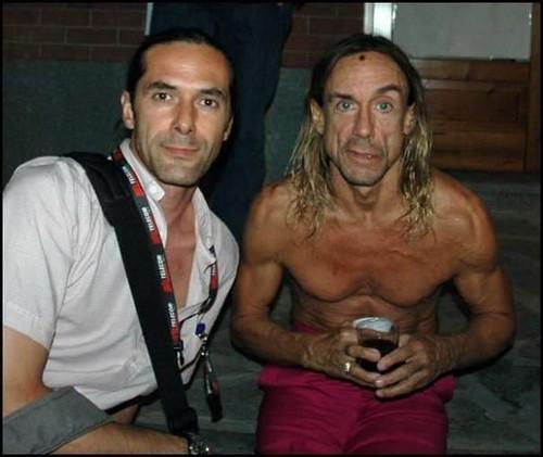 Iggy Pop e Alex Astegiano \m/ #fondatore #primo #cantante 🎸 #marlenekuntz  #fotografo #artista #grafico #rock #alternative 🎥#elettritv💻📲  #webtv #musicaoriginale #canalemusicale #musicaitaliana 🐉#iguana #hardroc