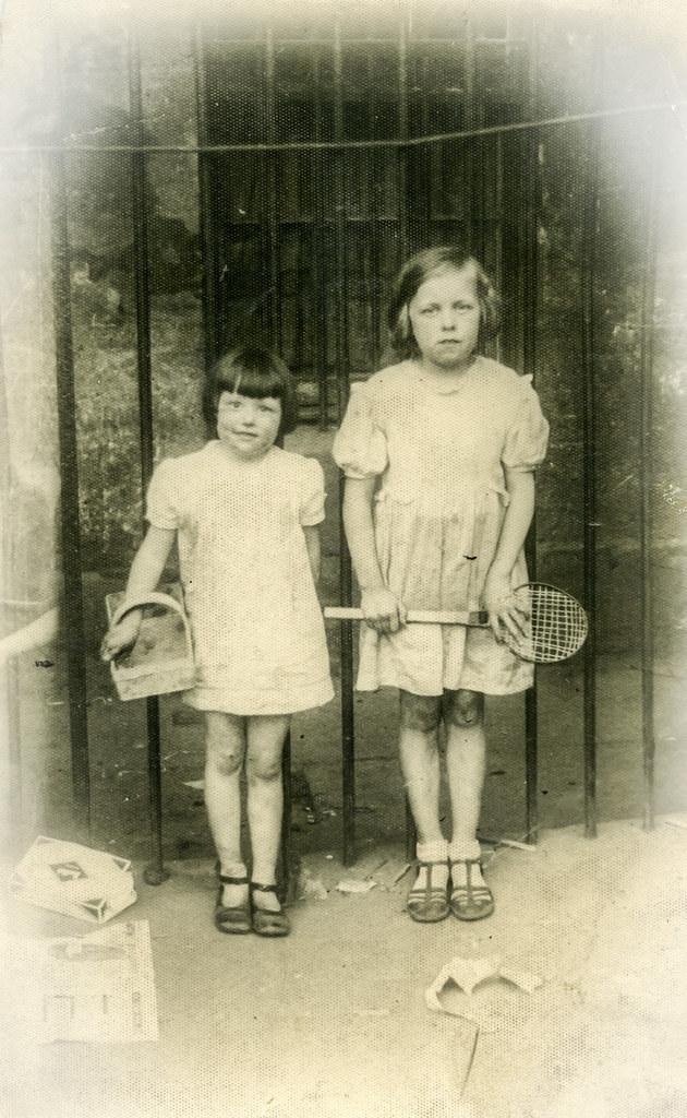 May and Susan Zokas, 1935.