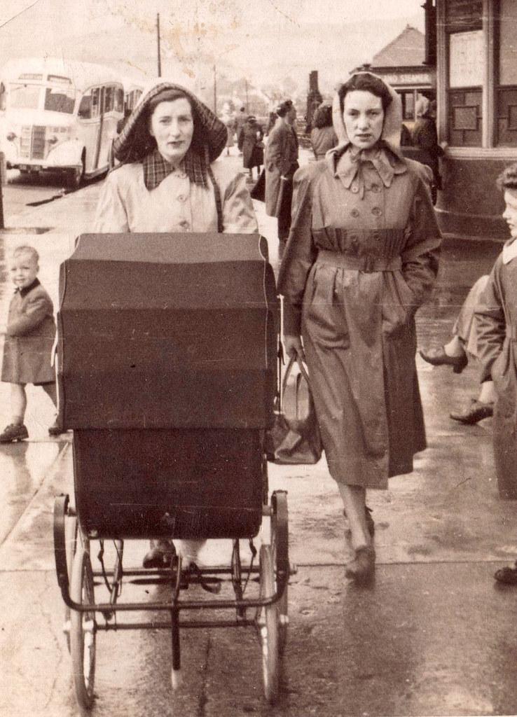 Margaret Munro and Helen Calder Dunoon 1953,