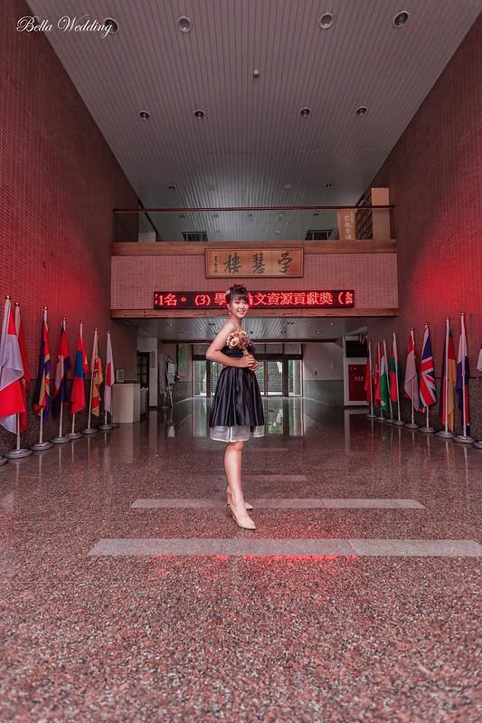 嘉義新秘Bella,新娘秘書,新秘 , 南華大學,校園婚紗, 學慧樓,黑色小禮服,日系花苞髮型 優雅新娘造型