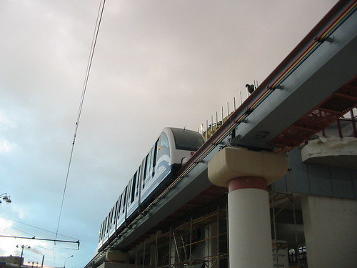 Moscow monorail  20031206 208