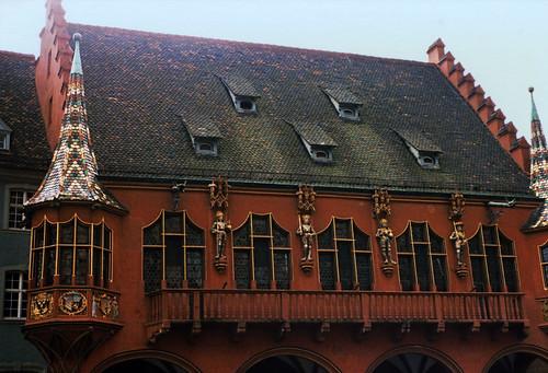 "Freiburg 1987 (06) Historisches Kaufhaus • <a style=""font-size:0.8em;"" href=""http://www.flickr.com/photos/69570948@N04/51087501961/"" target=""_blank"">View on Flickr</a>"