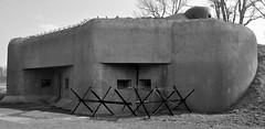 Bunker B-S 4 Lány