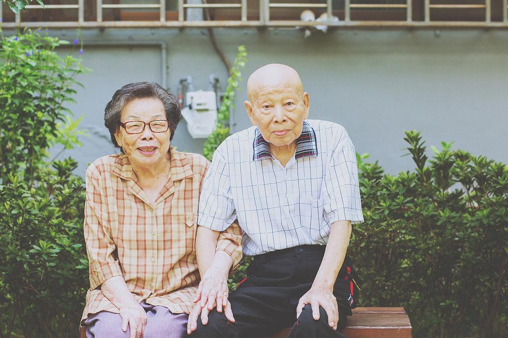 家庭攝影,家庭寫真,兒童寫真,親子寫真,兒童攝影,全家福照,桃園,台北,新竹,推薦,自然風格,生活風格,居家風格