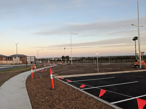 New Eastern Carpark Open at Waurn Ponds Station