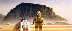 C-3PO & R2-D2 on Tatooine desert