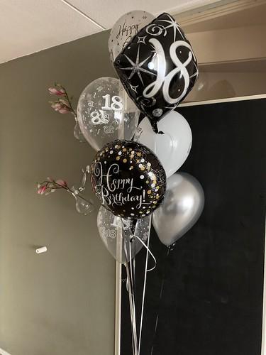 Ballonboeket Verjaardag 18 Jaar Zwart Zilver
