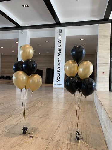 Tafeldecoratie 6ballonnen Lee Towers Rotterdam