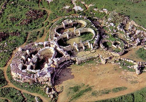 Malta - Mnaidra Temple 01
