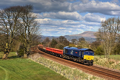 Photo of 66301 6K05 Carlisle-Crewe engineers, Wilpshire 12.04.2021