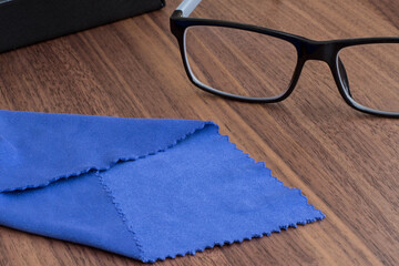 Why Use a Microfiber Cloth To Store Your Spectacles