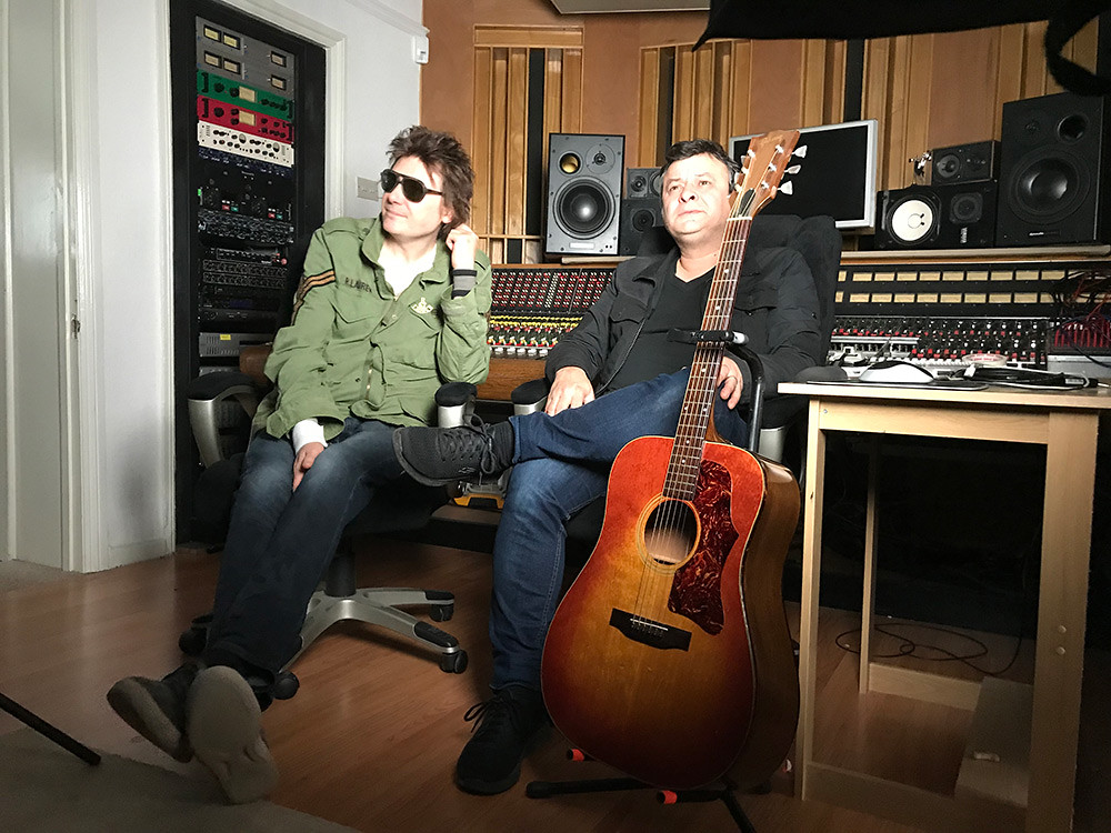 James-Dean-Bradfield-and-Nicky-Wire-MSP_(c)ie-ie-productions