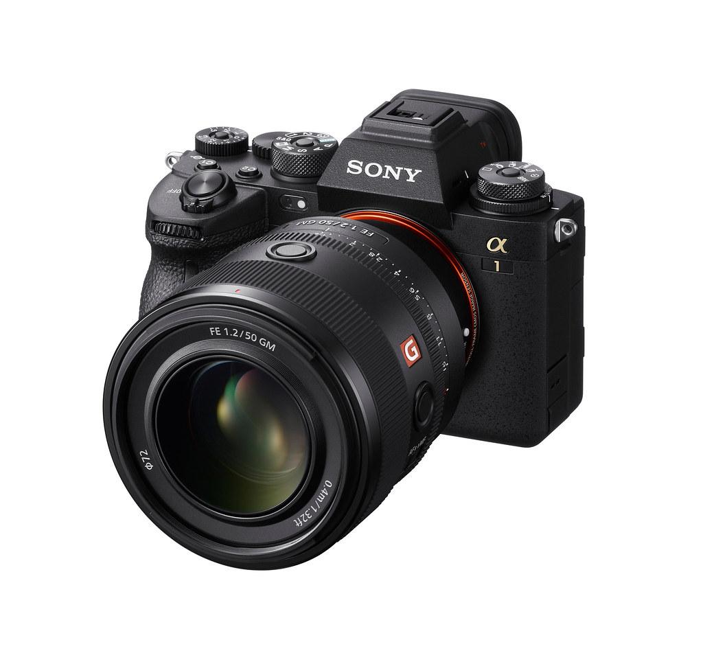 圖2) 全新 Sony FE 50mm F1.2 GM 鏡頭配備雙 XD (極高動態) 線性馬達提供高效率推動力,實現快速、精確、安靜的自動對焦和追蹤,強化影像創作表現。