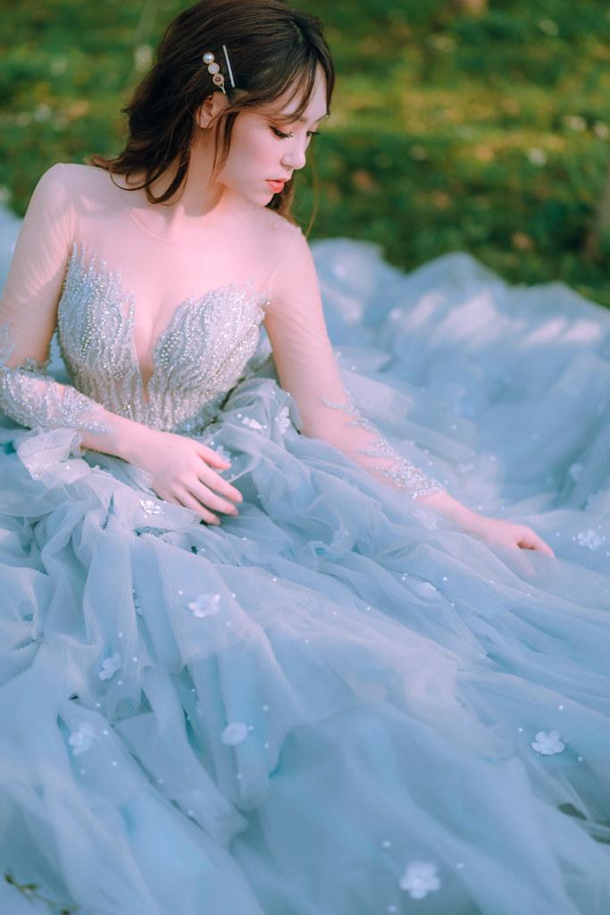 【新秘Catlin】婚紗攝影 / 台中都會公園
