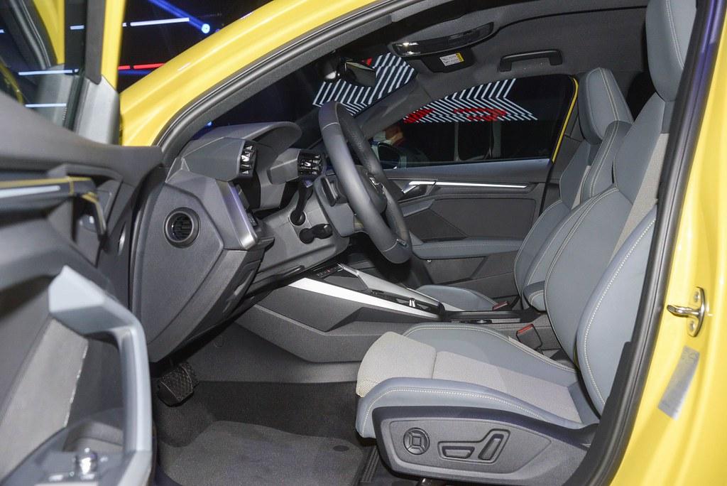 Audi 210415-25