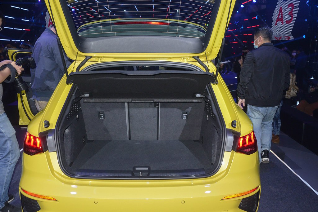 Audi 210415-26