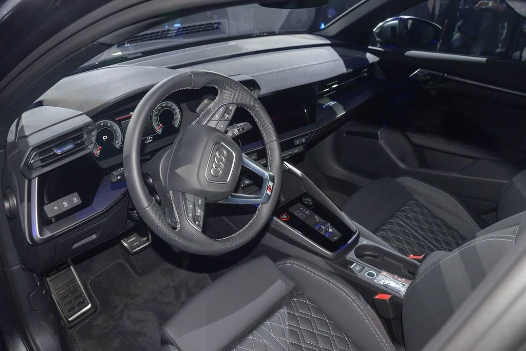 Audi 210415-22