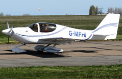 Photo of G-MFHI arriving for a day's visit