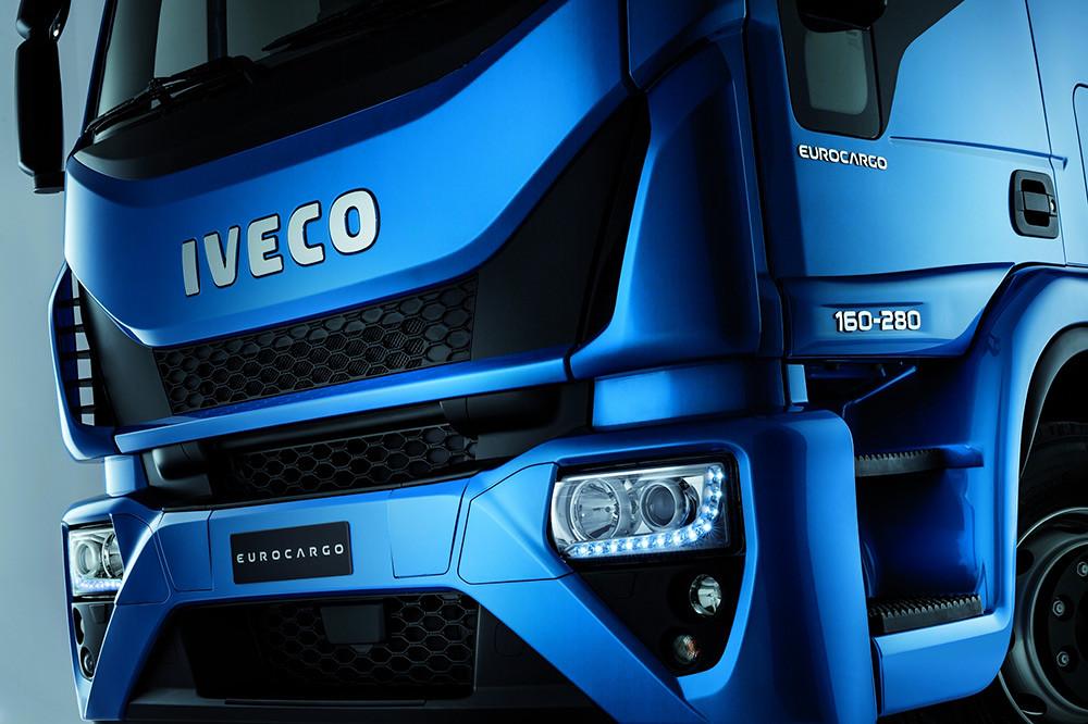 IVECO 210415-8