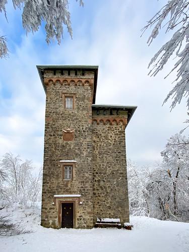 Burg Aremberg in snow, Eifel, Germany