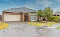 6 Rose Garden Avenue, Officer VIC