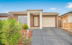 54 Elmtree Crescent, Clyde North VIC