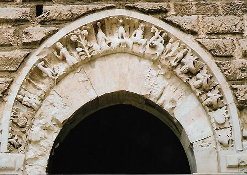 Bari, Via Pier l'Eremita, Castello Normanno-Svevo