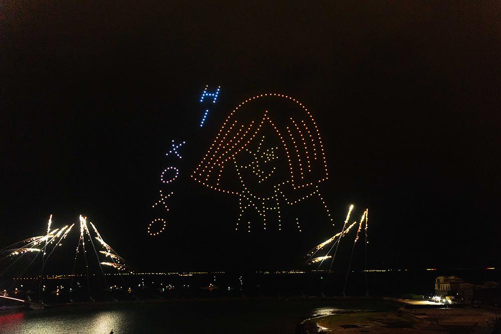 【圖8】LINE透過400台無人機科技燈光秀展演,LINE-FRIENDS熊大、兔兔、莎莉躍上星空與民眾見面_4