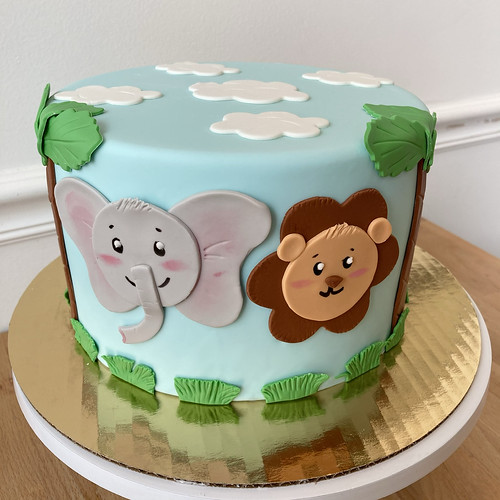 Safari Animal Designer Cake
