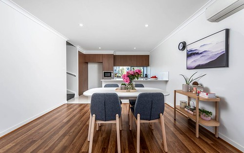 26/8 Henry Kendall St, Franklin ACT 2913