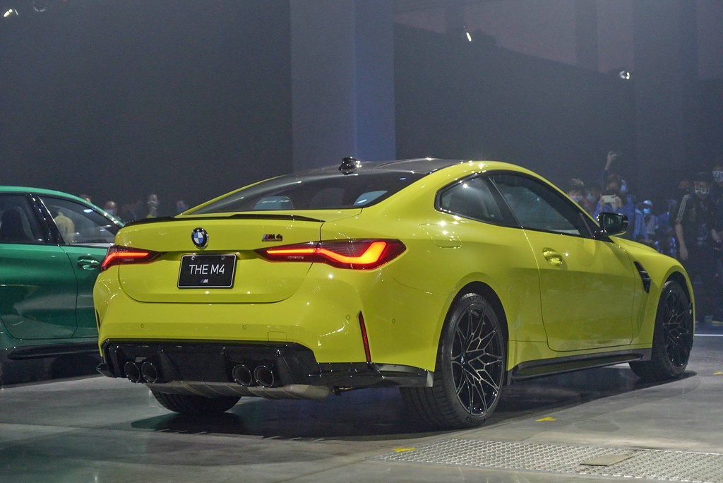 BMW 210429-10