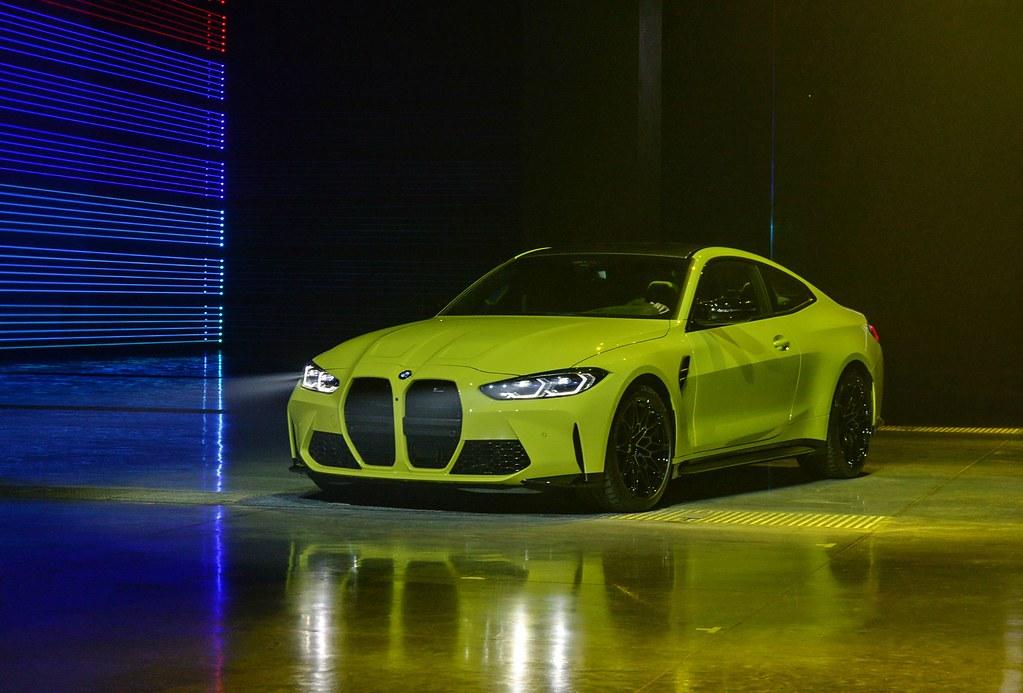 BMW 210429-24