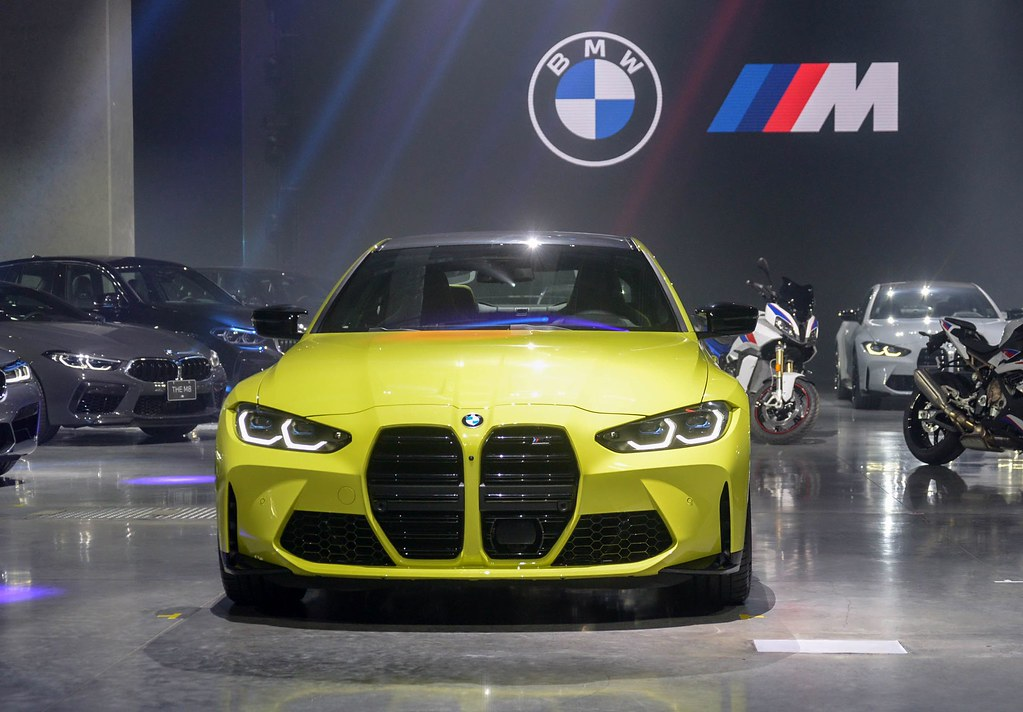 BMW 210429-7