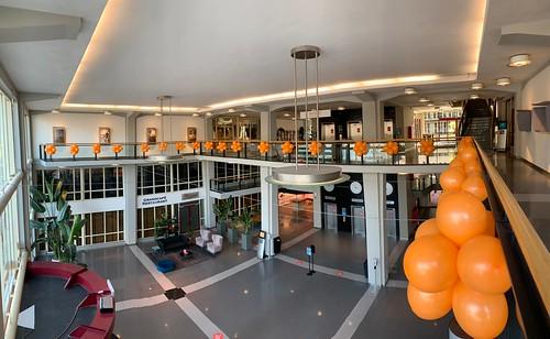 Ballontoef Koningsdag Groot Handelsgebouw Rotterdam