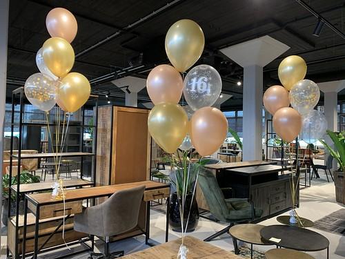 Tafeldecoratie 6ballonnen Verjaardag 16 Jaar Baas BV Rotterdam