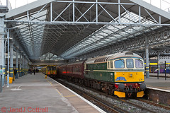 Photo of D6515 at Southport