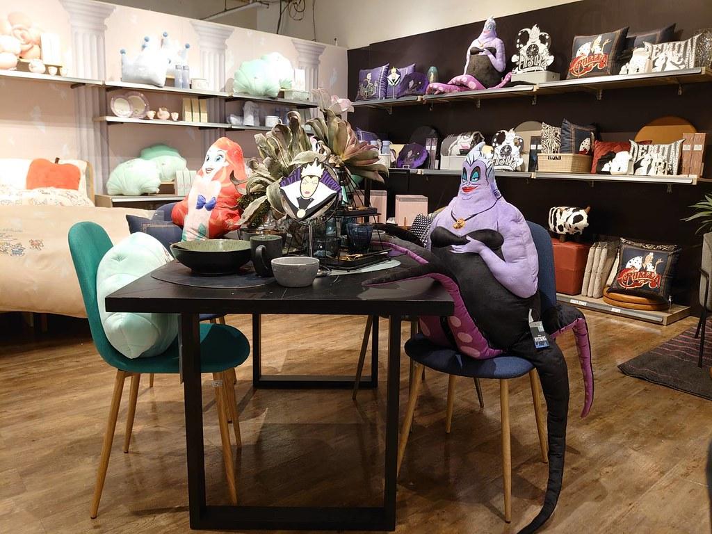 HOLA推出迪士尼公主與反派聯名,五月六號正式開賣