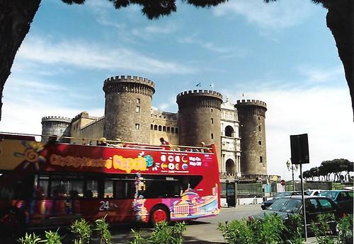 Napoli, Via Vittorio Emanuele II., Castello Nuovo