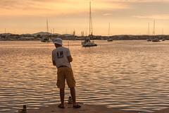 Angler im Hafen Betina