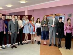 05/05/2021 - Молодежное братство представило спектакль «История одного стилиста, или Хитрый цирюльник»