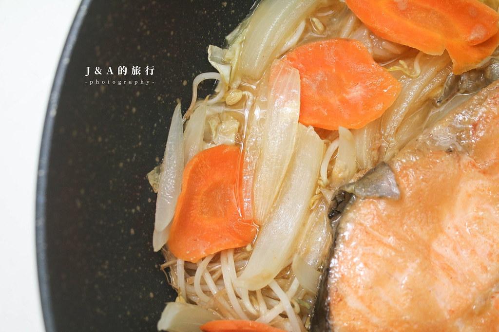 【食譜】鮭魚鏘鏘燒。零失敗的北海道鄉土料理 @J&A的旅行