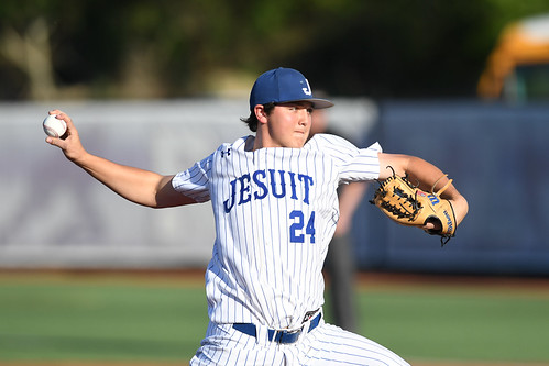 Rummel-Jesuit baseball playoffs by Parker Waters (6)