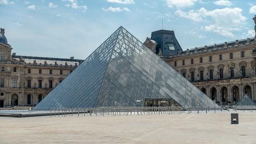 Paris : La pyramide du Louvre